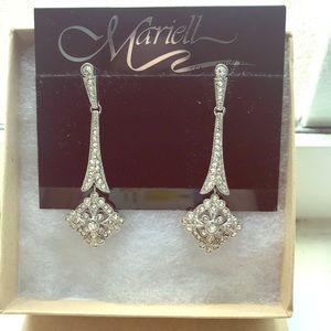 Gorgeous drop earrings
